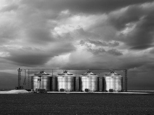 Prairie.Tanks.BW